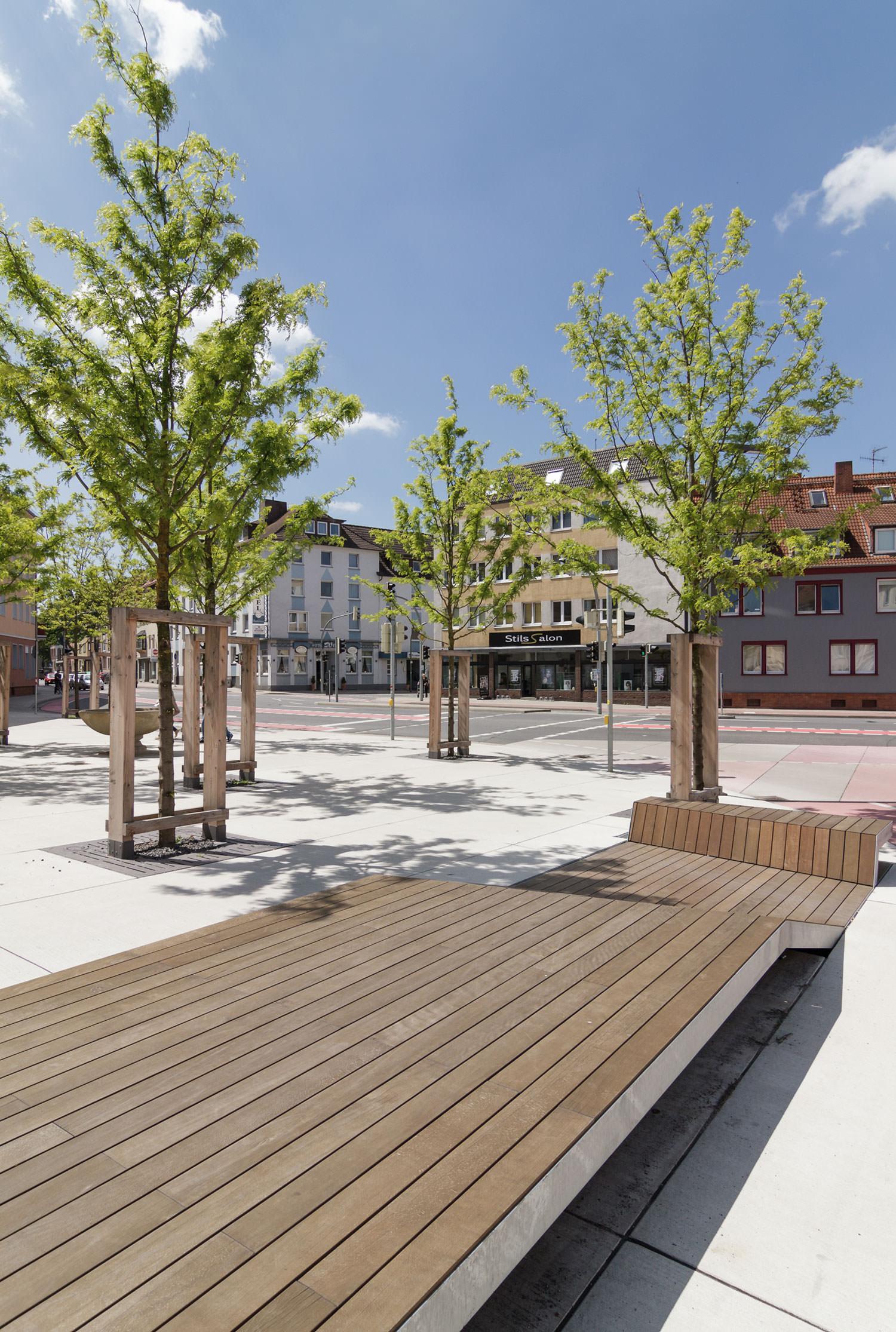 Rosenplatz Osnabrück Holzdeck