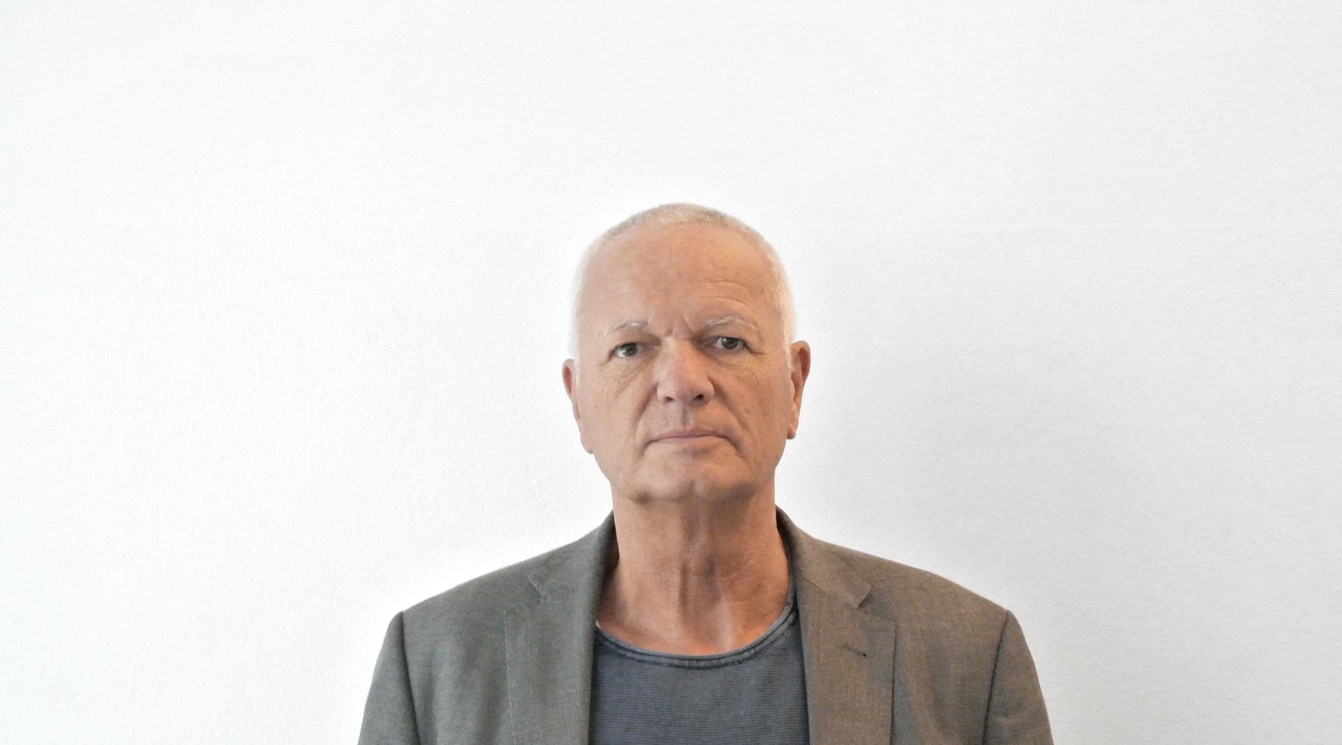 Prof.Dr. Michael Koch yellow z
